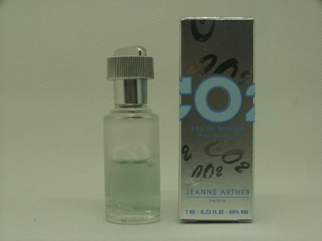 Arthes-co2homme.jpg