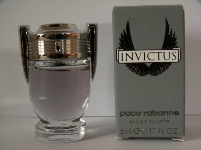 miniatures de parfum de collection avec photos liste de. Black Bedroom Furniture Sets. Home Design Ideas